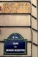 P1170423 Paris VI quai des Grands-Augustins ancien nom rwk.jpg