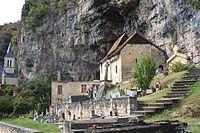 PA00095159 Église Saint-Pierre-ès-Liens de Gluges.JPG