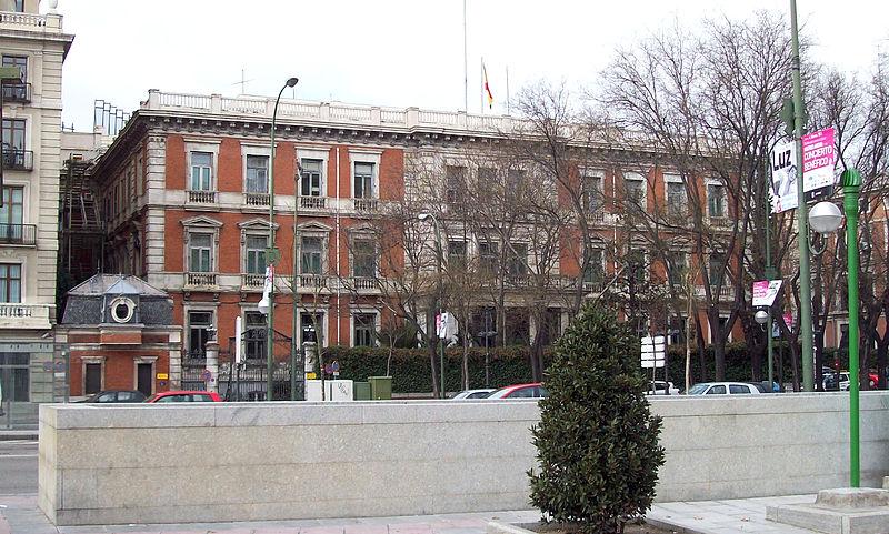 Valencia y la Conferencia de Presidentes 800px-Palacio_de_Villamejor_%28Madrid%29_01