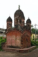 Panchratna Brick Temple at Baidyapur 01.jpg