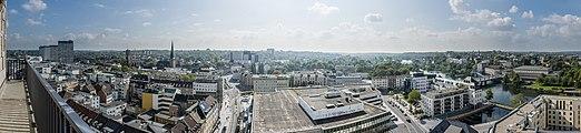 Panorama Mülheim vom Rathausturm Richtung S 2014.jpg