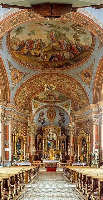 Parish church of Urtijëi - Image: Parish church St. Ulrich Urtijëi Nave