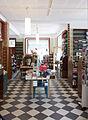 Partille bokhandel interiör.jpg