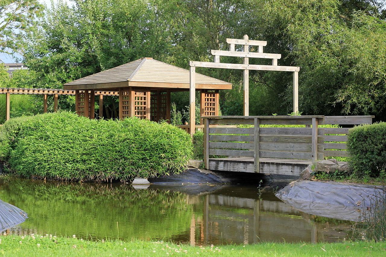 file pavillon du jardin japonais de wikimedia commons. Black Bedroom Furniture Sets. Home Design Ideas