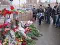 People came to the side of Boris Nemtsov's murder (2015-02-28; 43).JPG