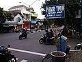 Pertigaan dekat Masjid Jamik Pandaan, ke kanan masuk Jl. Sedap Malam (Lingkungan Macanan) - panoramio.jpg