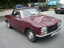 Peugeot 304 Front.jpg