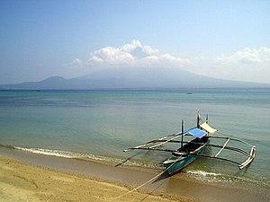 Philippine boat.jpg