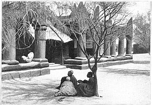 Hausa people - Photo of Sultan of Zinder's palace courtyard, 1906.