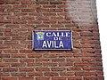 Placa de la calle de Ávila.JPG