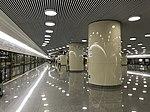 Platform of Hongqiao Airport Terminal 2 Station (Line 10).jpg