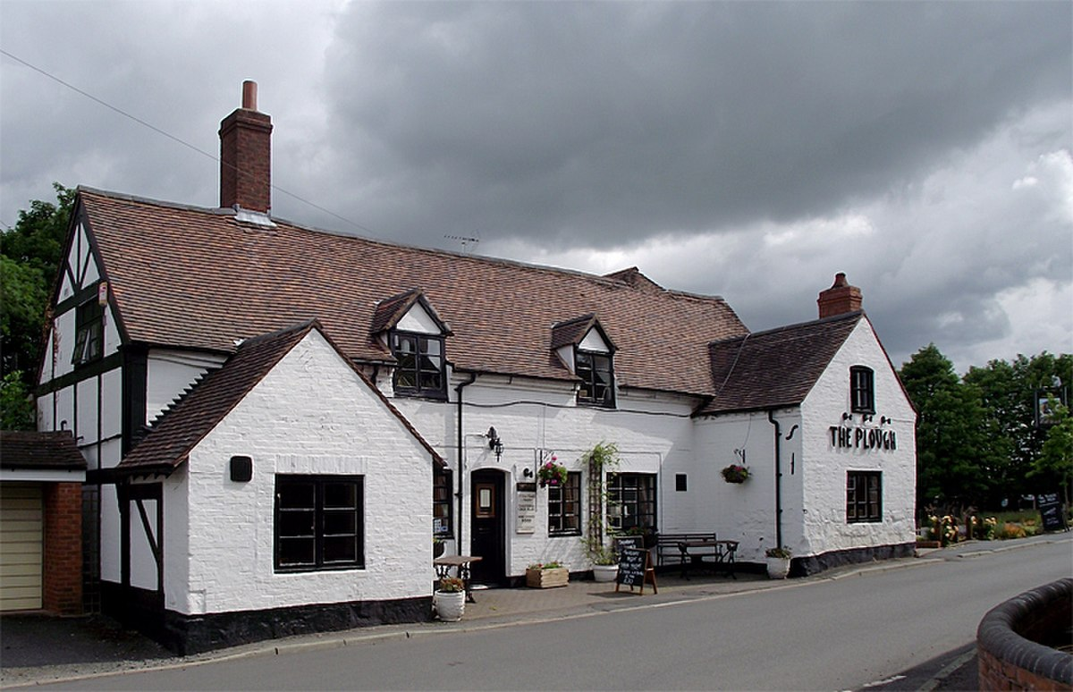 Plough Inn, Claverley.jpg