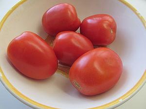 Plum tomato - Plum Tomatoes