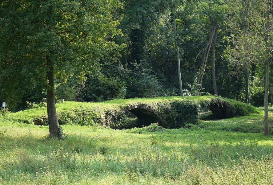 Pont dit romain à Chantelle, N° 00093036