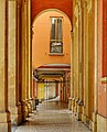 Portici a Bologna.. Via Santo Stefano.jpg