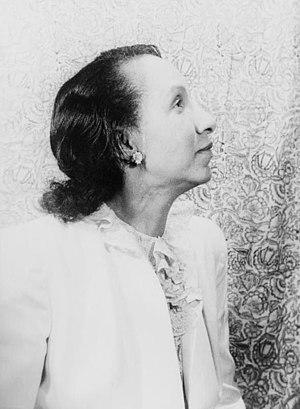 Shirley Graham Du Bois - Shirley Graham, 1946