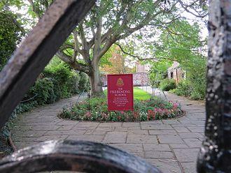 The Prebendal School - The Memorial Garden