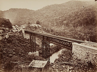 3 ft gauge railways - A bridge of the defunct National Railroad of Mexico in 1883.
