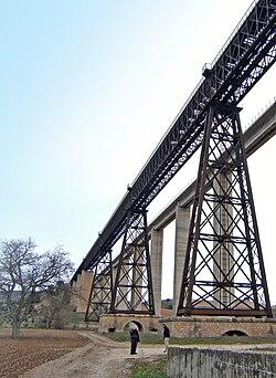 Puente del Hacho.jpg