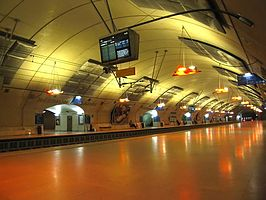 RER-Paris-Station-Haussman-.jpg
