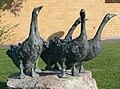 Ravensburg Martinusschule Skulptur Gänse.jpg