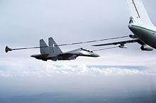 موسوعة طائرات السوخوي - صفحة 2 220px-Refueling-Su30dz