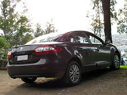 Renault Fluence 2.0 Expression 2014 (15055398297).jpg