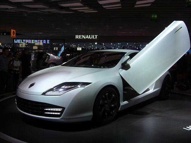 Filerenault Laguna Coupe Concept Front2g Wikimedia Commons