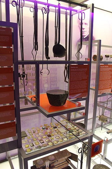 Equipment used by Faraday to make glass on display at the Royal Institution in London Ri 2014 - glass making - Faraday.jpg