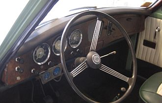 Riley One-Point-Five - Image: Riley 1.5 LHD Dashboard