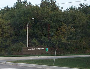 Rock Cut State Park - Welcome sign along Highway 173