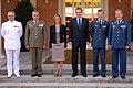 Rodríguez Zapatero y la ministra de Defensa junto con la nueva cúpula de las Fuerzas Armadas. Pool Moncloa. 18 de julio de 2008.jpeg