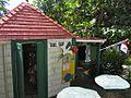 Saba Trail Shop (6550018315).jpg