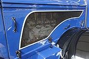 Saechs-NFZ-museum-kol-01-det-Motorhaube.jpg