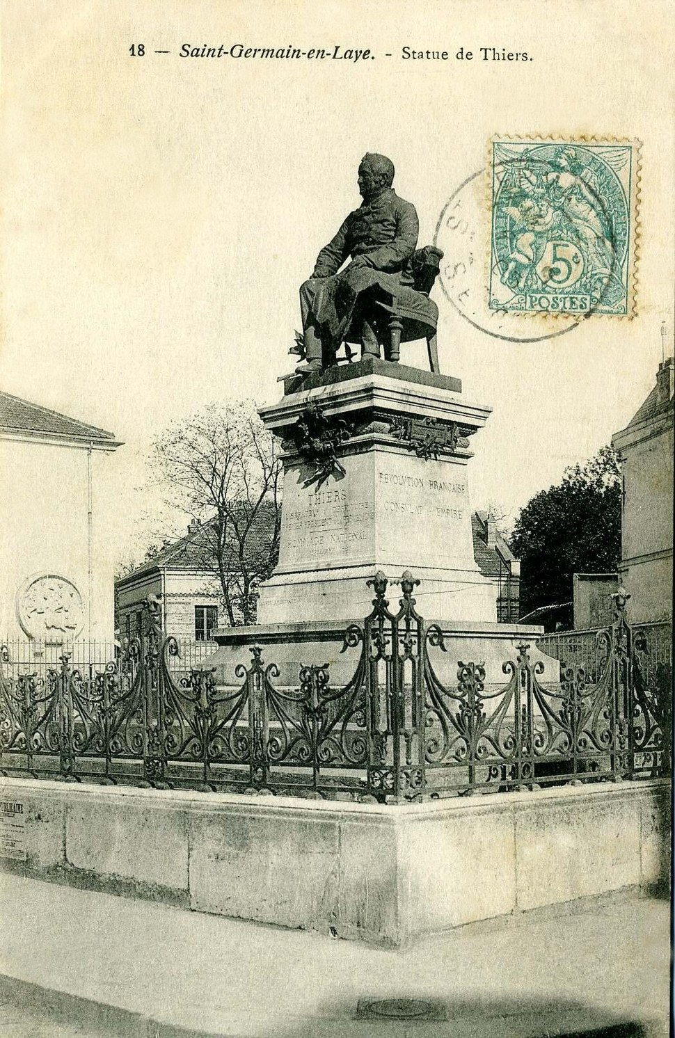 Saint-Germain-en-Laye - Statue de Thiers001