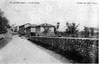 Saint-Lattier, vue du village, 1906, p210 de L'Isère les 533 communes - Poreaud imp phot Valence.jpg