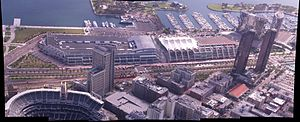 English: A photo of the San Diego Convention C...
