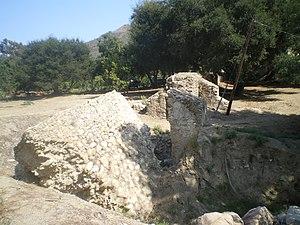 San Buenaventura Mission Aqueduct - Remains of San Buenaventura Mission Aqueduct