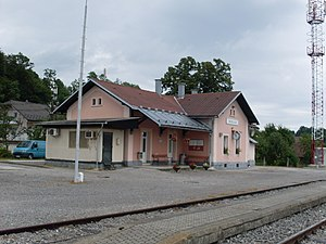 Skofljica-train station.jpg
