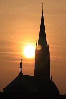 Sonnuntergang in Bellheim - Kirchturm der katholischen Kirche