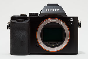 Sony α7 - Image: Sony Alpha ILCE 7 (A7) full frame camera no body cap