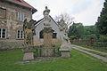 Sousoší Panny Marie ve Svatém Janu pod Skalou.JPG