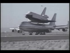Податотека:Space Shuttle Enterprise 747 takeoff.ogv