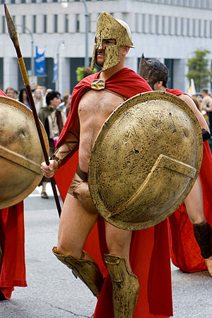 Dragon Con - A cosplayer dressed as a Spartan from the movie 300 at the 2007 Dragon Con parade.