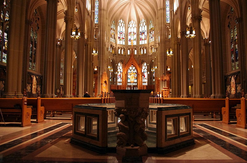 File:St. Mary's Cathedral Basilica of the Assumption (Covington, Kentucky), interior, nave and baptistery.jpg