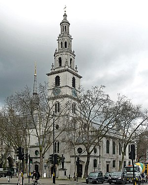 St Clement Danes - Image: St Clement Danes, Strand (geograph 5590980)