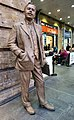 Statue of Sir Nigel Gresley, King's Cross Station.jpg