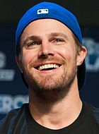 Stephen Amell August 2016
