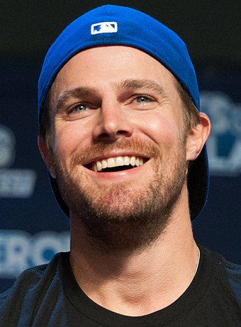 Stephen Amell, Canadian actor. Stephen Amell August 2016.jpg