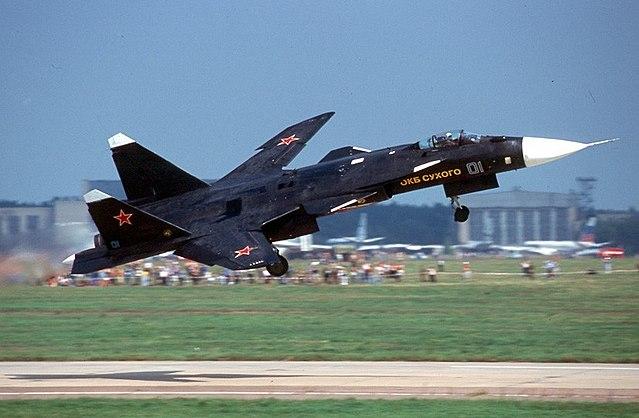 640px-Sukhoi_Su-47_Berkut_%28S-37%29_in_2001.jpg